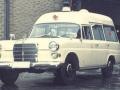 monschau_imgenbruch_-_mercedes_200_krankenwagen_der_fa-miesen_als_infektionskrankenwagen_in_den_1970er_jahren